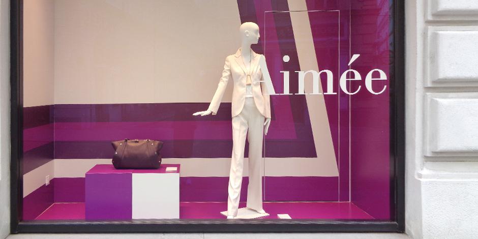 Schaufenstergestaltung für AKRIS glänzt mit Großformatdruck von Erler+Pless Hamburg